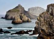 Caminando  sobre  el  océano  –  Por  los  mejores  escenarios  de  la  costa  de  Euskal  Herria