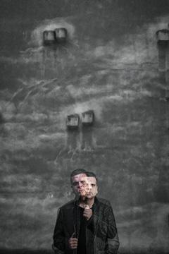 Rafa  Rueda  'Hiri  kristalezkoa'  Solasaldi  musikala  +  Lagin  akustikoa.