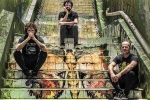 Berri Txarrak 'Infrasoinuak' Lagin akustikoa eta disko sinaketa. @ elkar aretoa Baiona (Arsenal plaza)