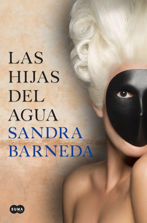 Sandra  Barneda  'Las  hijas  del  agua'  Firma  de  libros.