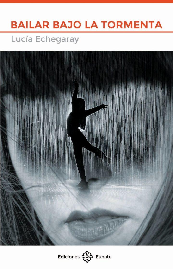 Lucia  Echegaray  'Bailar  bajo  la  tormenta'  Presentación  del  libro.